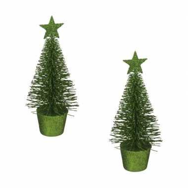 2x stuks kerstversiering groene glitter kerstbomen/kerstboompjes 15 cm