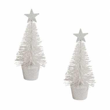 2x stuks kerstversiering witte glitter kerstbomen/kerstboompjes 15 cm