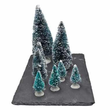 Kerstdorp onderdelen miniatuur set van 8x boompjes